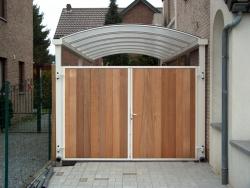 Carport 7x3 met poort met bankirai hout